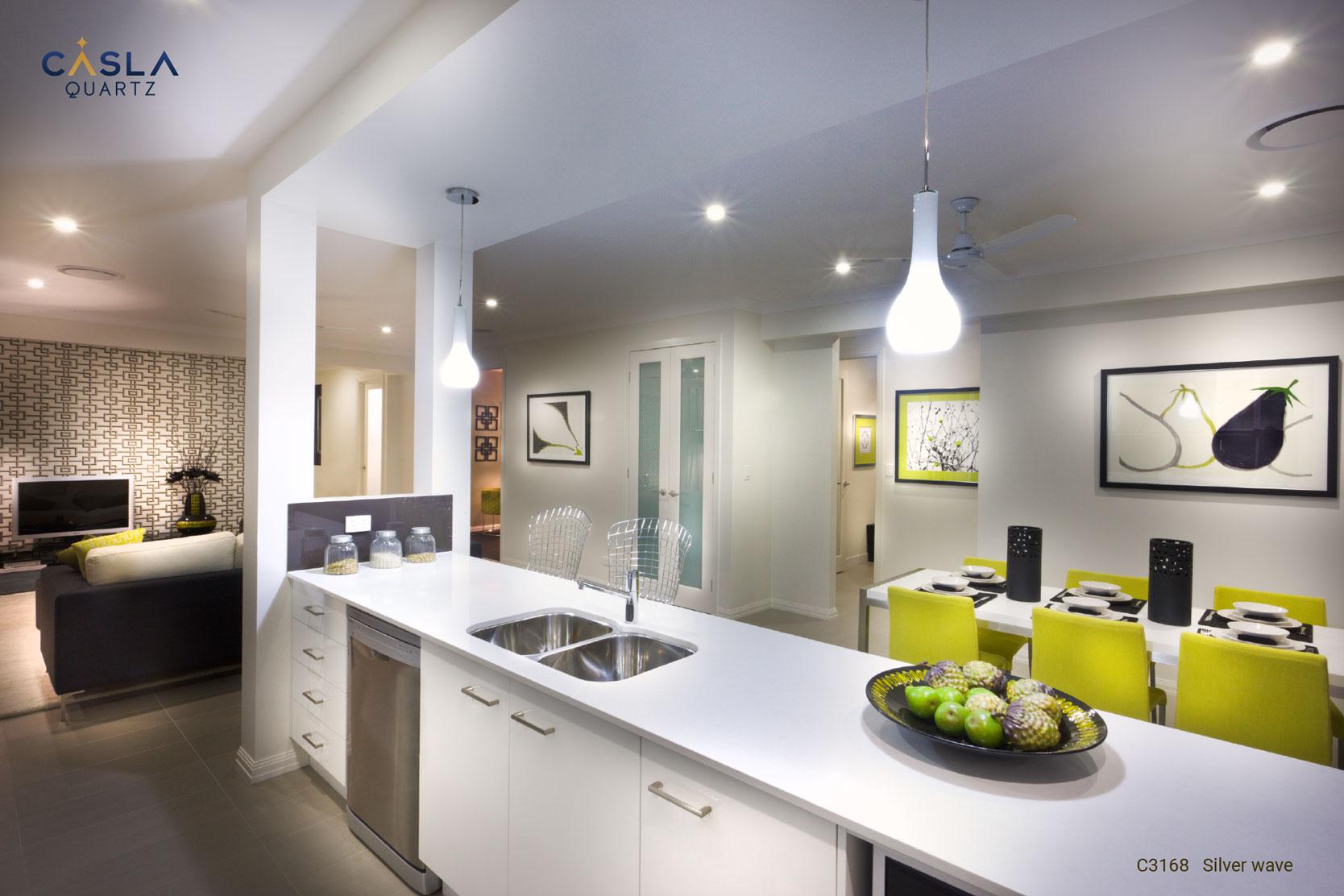 Đá thạch anh cao cấp Silver Wave ứng dụng rất an toàn, thân thiện và sang trọng tại khu vực bếp